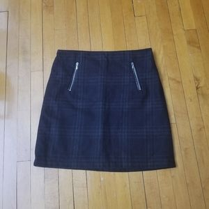 Dresses & Skirts - Size 6 A line checker skirt
